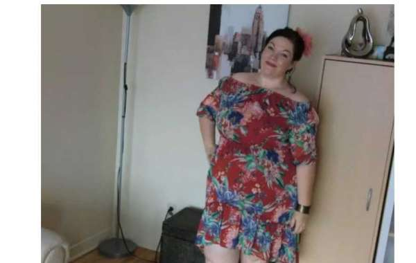 Jolie Julie is 45 years delightful Sugar Mummy In Quebec Canada