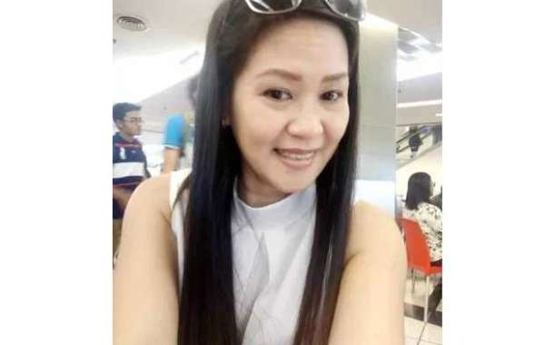 39 years old Sugar mummy in Malaysia is looking for a young man